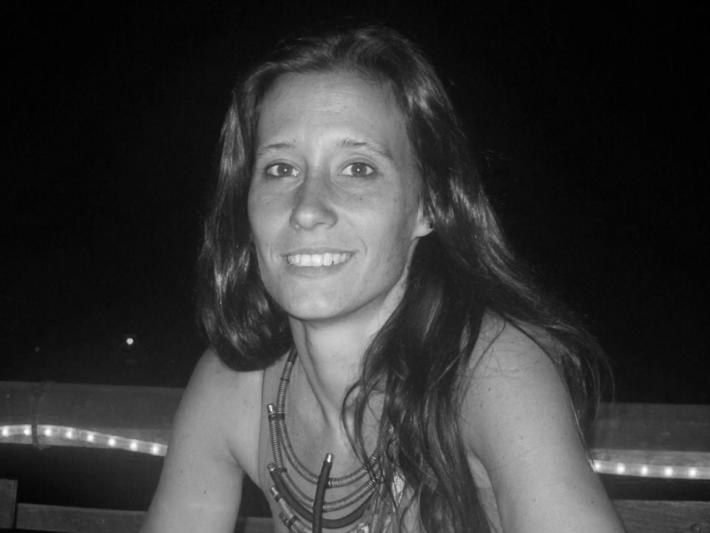 Laura Feal