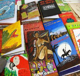 Vista de libros editados por Kutsemba Cartão. Fuente: web de la editorial