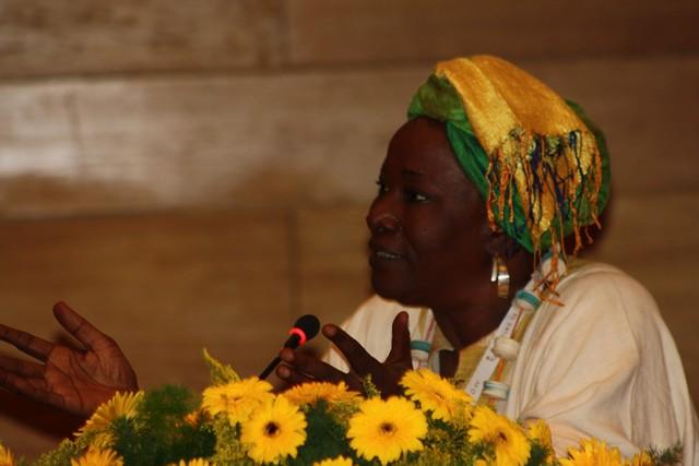 Dilemas de Norte y Sur (II): Aminata Traoré una voz alzada sin miedo