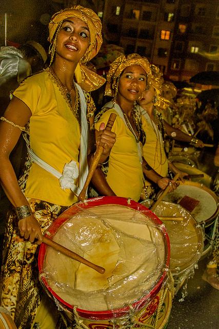 Reivindicar ser mujer, negra y tocar el tambor en carnavales. Foto: Jennifer Glass/Fora do Eixo