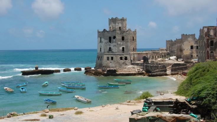 Playa de Mogadishu vista desde un hotel abandonado. Fuente: Frank Langfitt/NPR