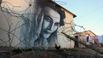 Ruth First por Ben Slow en Soweto