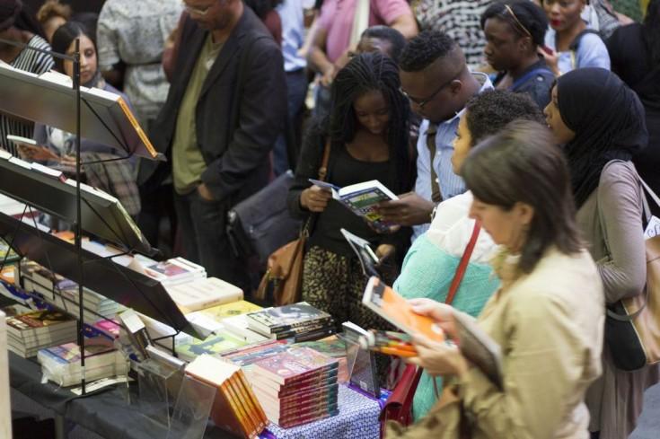 """Ambiente en los pasillos del """"Africa Writes"""". Fotos: Estrella Sendra"""