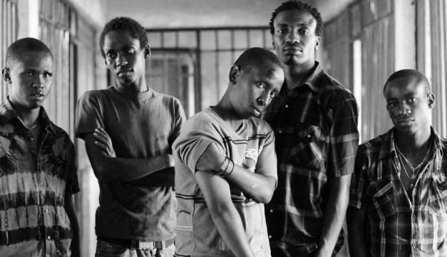 Nairobi Half Life, dirigida por Peter Tosh que narra la vida en Nairobi, capital de Kenia.
