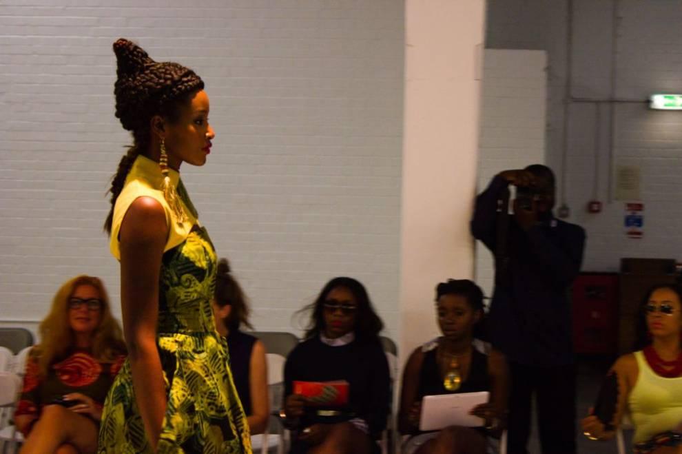 AFWL 2013. Pasarela vestida de tejidos africanos