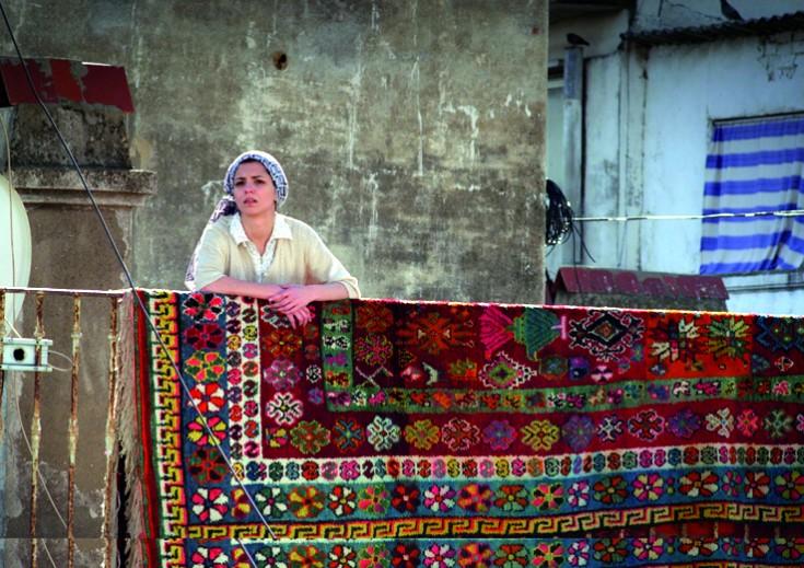 La película 'Es-Stouh' (Las terrazas) del argelino Merzak Allouache competirá por el León de Oro.
