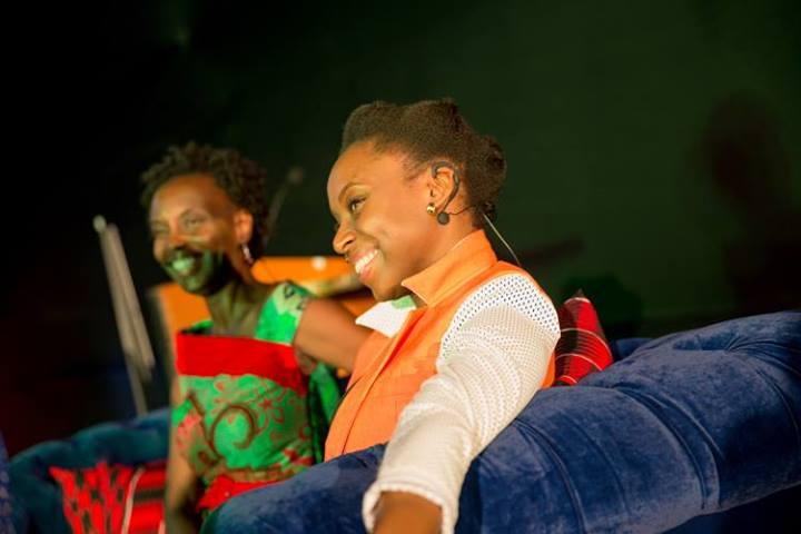 Yvonne Adhiambo Owuor y Chimamanda en la Fiesta del Libro.