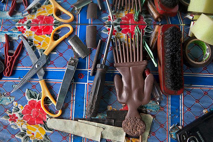 Las barberías africanas en el foco de Andrew Esiebo y Simon Weller