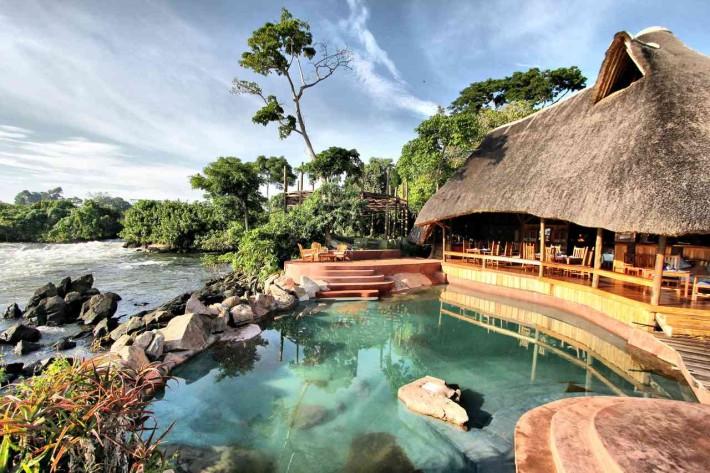 Wildwater Lodge, uno de los hoteles más lujosos de Uganda, situado en las Fuentes del Nilo.