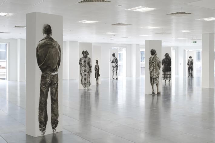 Exhibición de Transit Terminal (2014) en el espacio Howick Place de Victoria, Londres. / Foto cortesía de la artista