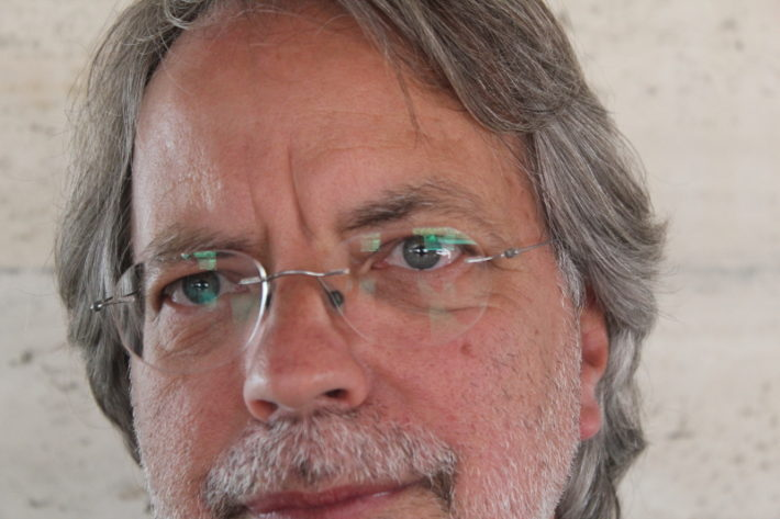 El escritor mozambiqueño, Mia Couto. Foto: Carlos Bajo