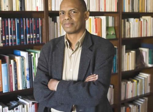 El escritor guineano Tierno Monénembo. Fuente: BookNode.com