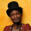 Kossi Efoui construye el relato poético de un mundo en resistencia
